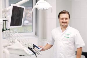 Врач-стоматолог-ортопед Сапелкин Сергей Ефимович