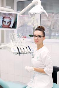 Врач-стоматолог-терапевт Базиленко Анна Владимировна